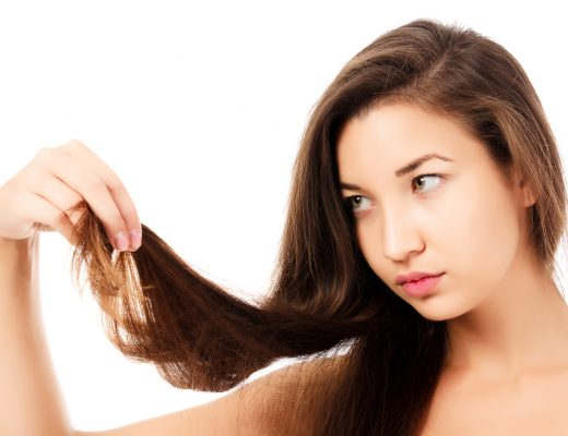 Article: 8 Ways to Tame your Frizzy Hair